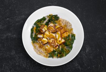 Toasted Sesame Kale Quinoa Bowl