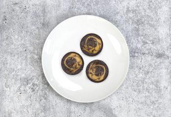 Chocolate Peanut Butter Keto Cheesecake
